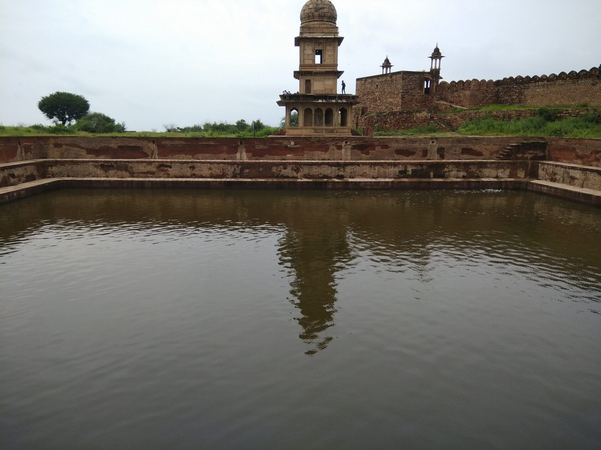 Kund/Water Tank inside the Gwalior Fort